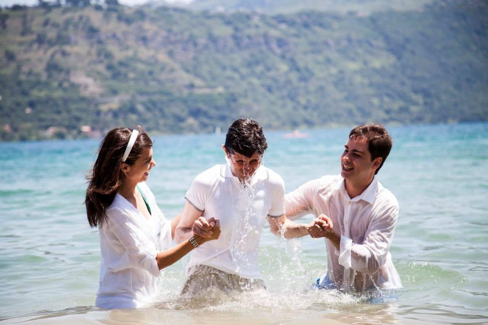 Baptêmes ce weekend! Alléluia - Parole de réconciliation ...